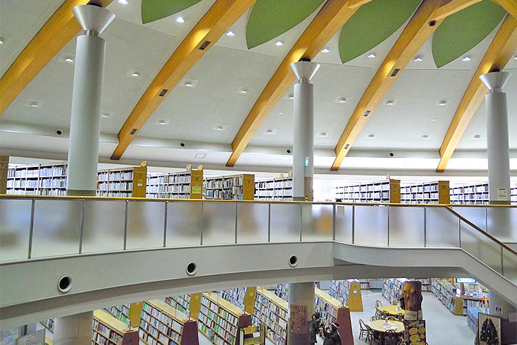 東浦町中央図書館